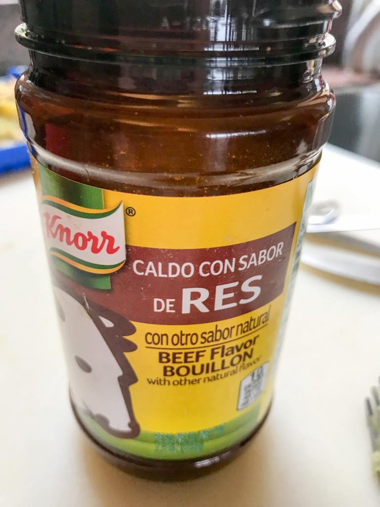 Picture of Knorr beef bar in a glass jar