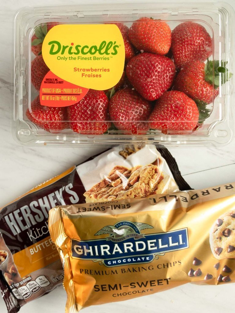 Ingredients for chocolate covered strawberries