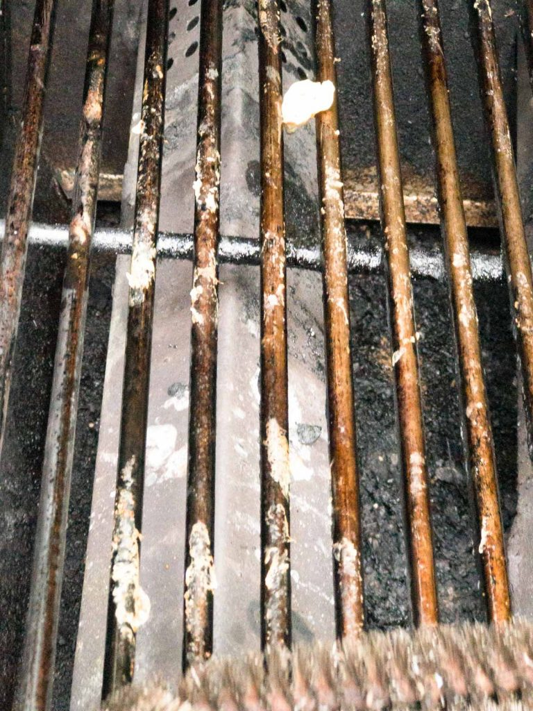 Dirty Grill Grates on gas grill