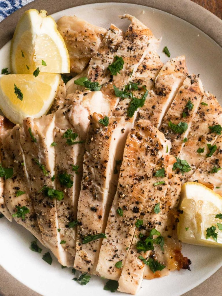 Top view of sliced grilled chicken