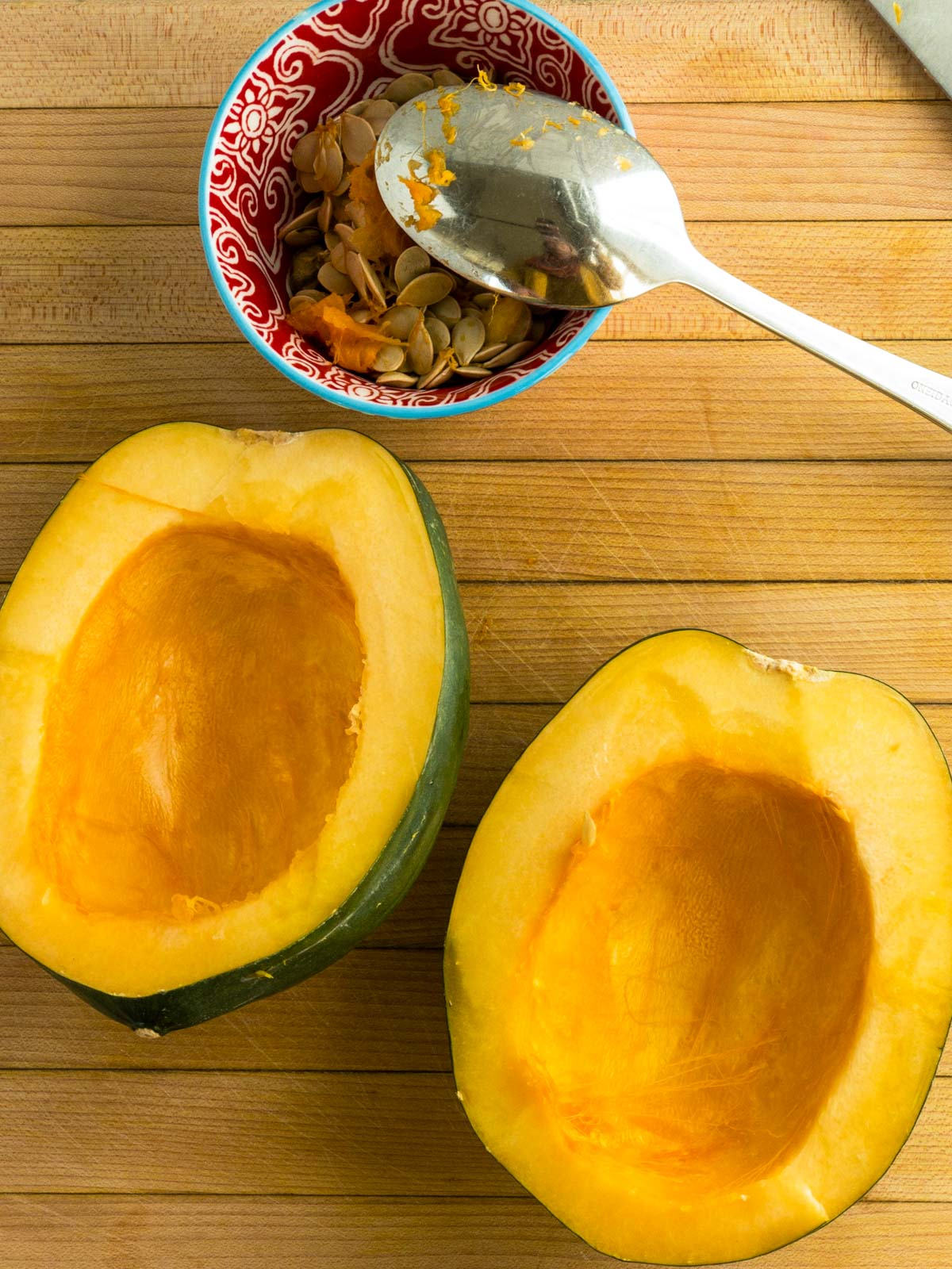Seedless acorn squash halves
